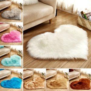 Srdcový huňatý kobereček Ayse