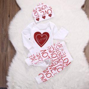 Dívčí novorozenecký set s potiskem LOVE