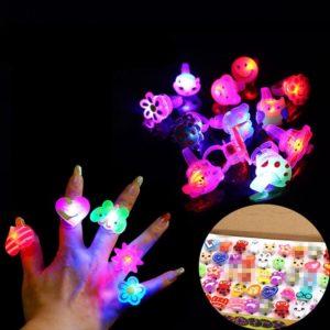 5 kusů svítících LED prstýnků - krásný dárek pro děti