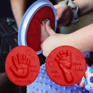 Dětská hlína na obtiskování dlaní a chodidel novorozenců s hranatým boxem