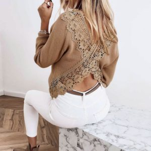 Dámský ležérní svetr s rozparkem na zádech