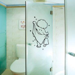 Samolepka na sprchový kout
