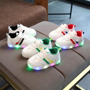 Dětské boty s LED osvětlením