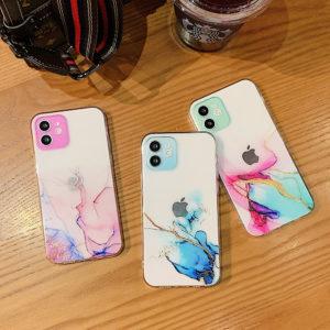 Nádherné kryty na iPhone v barevném mramorovém vzoru