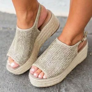 Dámské sandály na platformě