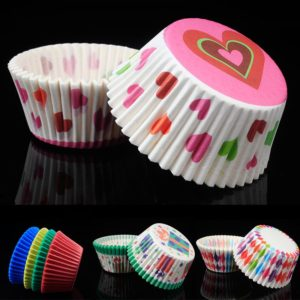 Barevné papírové košíčky na muffiny