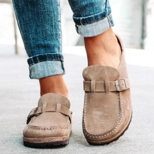 Dámské uzavřené pantofle s páskem
