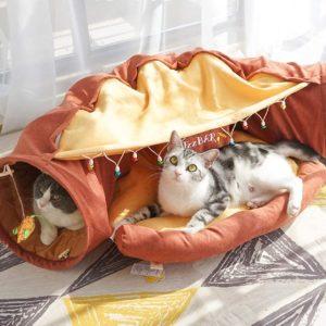 Pelíšek pro kočky s prolézacím tunelem