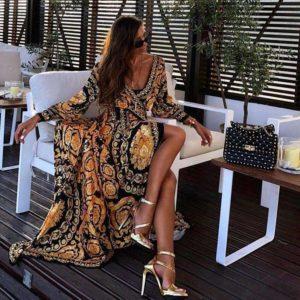 Krásné dámské dlouhé orientální šaty